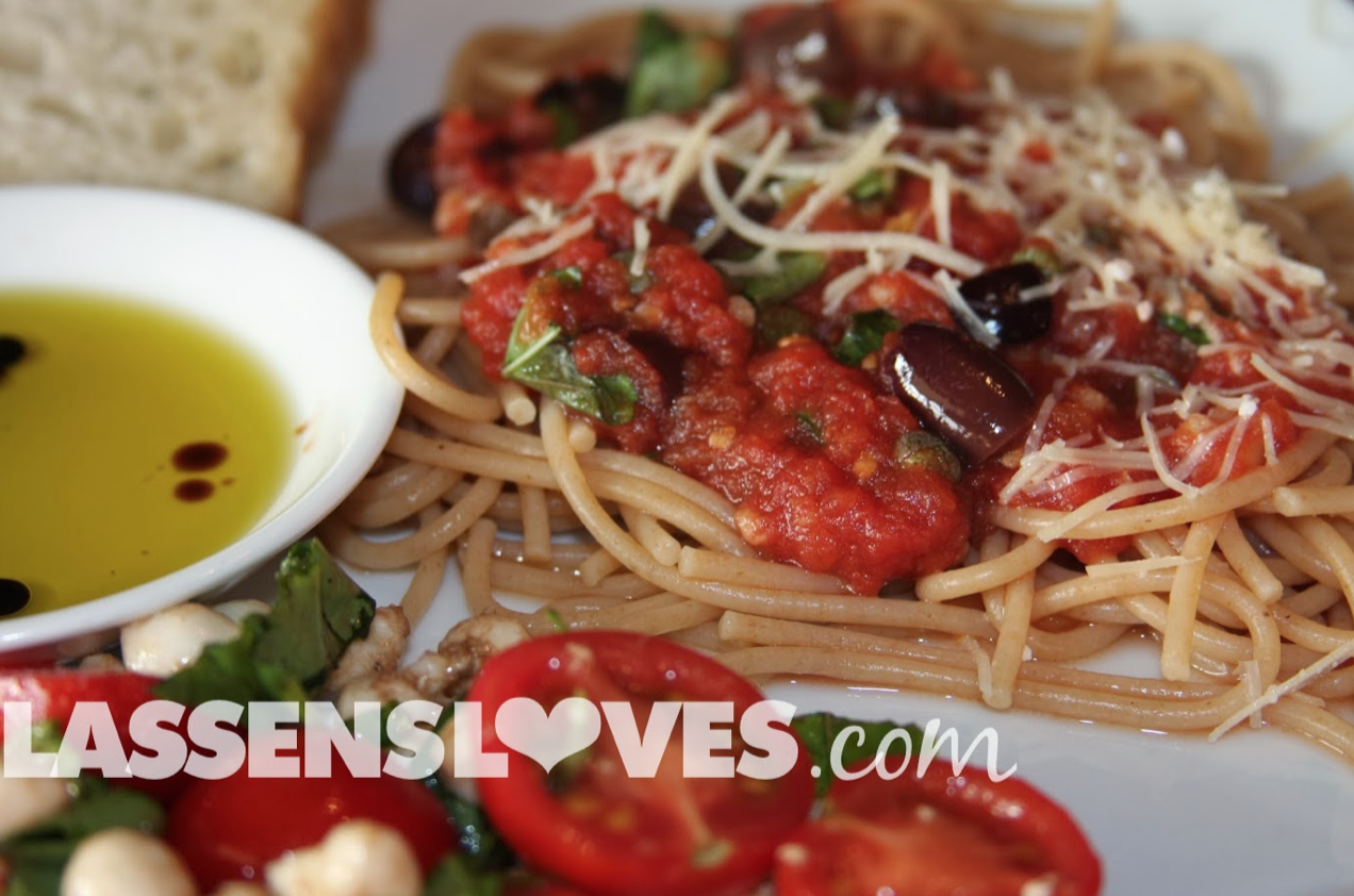 pasta+puttanesca, kalamata+olive+pasta, easy+pasta+recipe, vegetarian+pasta+sauce, easy+pasta+sauce