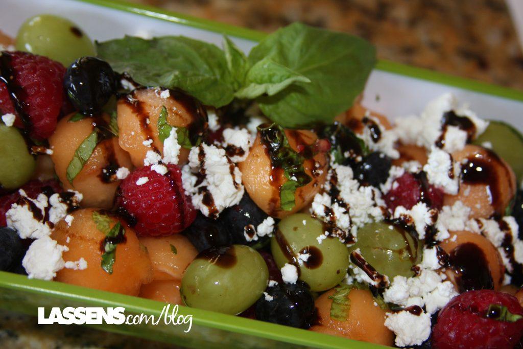 Melon+salad, summer+salad, healthy+fruit+salad, cantaloupe+recipes