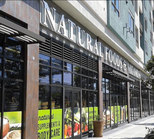 La Brea Storefront - 1020